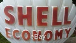 1968 European SHELL CLAM MILK GLASS GAS PUMP GLOBE SERVICE STATION Original