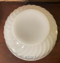Anchor Hocking Glass Fire King White Swirl 6 7 8 & 9 Mixing Bowl Set of 4