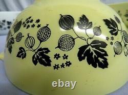 CLEAN PYREX Set of 4 Gooseberry Yellow Black & White Cinderella Mixing Bowls