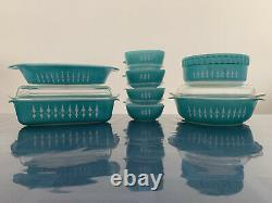 Extremely Rare Agee Pyrex Turquoise with White Spears (1966-68) Picket Fence Set