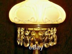 FENTON SILVER CREST MILK GLASS RARE LAMP, MINT. Student Lamp