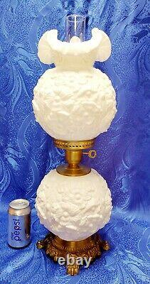Fenton White Milk Glass Gone With The Wind Hurricane Poppy Table Lamp