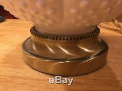 Fenton milk glass hobnail'Gone With The Wind' double-globe lamp XC