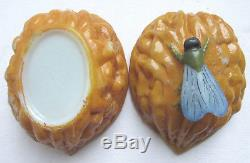 French opaline box, white milk glass cicada on a walnut, signed Vallerysthal