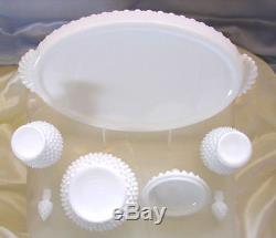 MNTVINTAGE60sFENTON GLASSWHITEMILK GLASSHOBNAILPERFUME+POWDER+TRAYVANITY