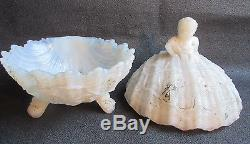 Old French white milk glass boxGirl sitting on a shell Saint-Jacques Portieux