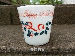 PYREX Merry Christmas and happy new year holly leaf green Mug Red 1410 cup