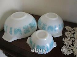 Pyrex All White Butterprint Cinderella Mixing Bowl Set of 3 Turquoise Amish Rare