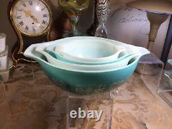 Pyrex Amish Butterprint 4 Piece Mixing Bowl Cinderella Set vintage (gorgeous)