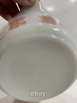 Pyrex Pink Butterprint Casserole 472 with Pyrex 470-C Lid