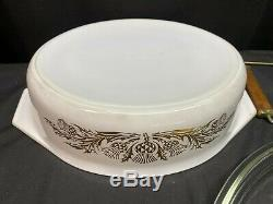 RARE / HTF Pyrex GOLDEN THISTLE #045 with Lid and Warming Rack