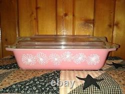 RARE Vintage PYREX PINK DAISY space saver 2 Qt Casserole Dish 575-B with LID HTF