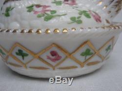 Rare Hard To Find Westmoreland H/painted Milk Glass Hen On Diamond Basket Nest