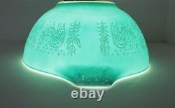 Rare Pyrex REVERSE BUTTERPRINT LADY ON THE LEFT 442 Cinderella Bowl EXCELLENT