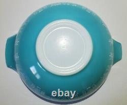 Rare Pyrex REVERSE BUTTERPRINT LADY ON THE LEFT 444 Cinderella Bowl NEAR MINT
