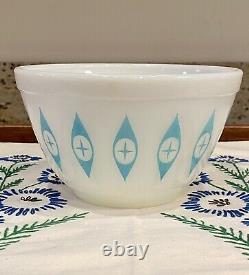Rare Vintage Pyrex Atomic Blue Eyes 5 1/2 Dip Bowl Unmarked Turquoise