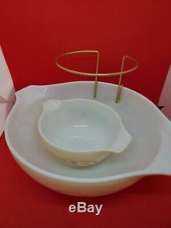 Scarce Vintage Pyrex Golden Scroll Chip and Dip Set 444 4 Quart & 442 withbracket