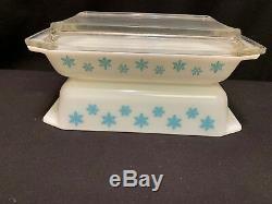 Set of 2 Vintage Pyrex SNOWFLAKE Space Savers 575 & 548 withdamaged Lid
