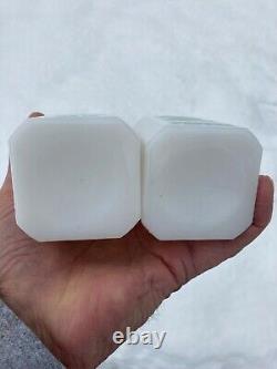 VHTF Hazel-Atlas White Milk Glass Green Ivy SALT & PEPPER Range Shakers EXC