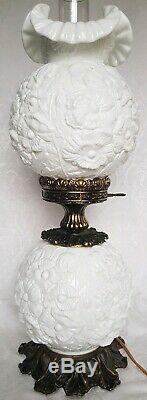 VINTAGE FENTON POPPY MILK GLASS GWTW Gone With The Wind 24 Lamp 3-WAY GORGEOUS
