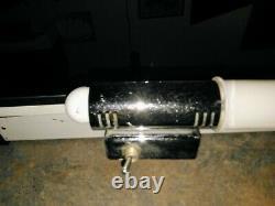 VINTAGE MCM Bathroom Medicine Mirror Cabinet Milk Glass Light's withplug in