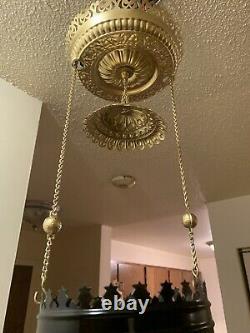 Victorian 1895 Juno Hanging Functioning Kerosene Oil Lamp & Miller Oil Insert