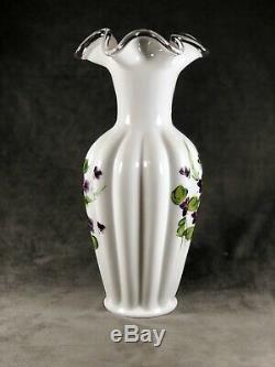 Vintage Fenton 12 Silver Crest Violets In The Snow Vase w / Ferns