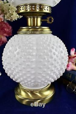 Vintage Fenton Art Glass Gwtw White Milkglass Hobnail