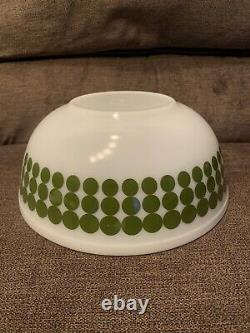 Vintage PYREX #404, 4qt Mixing/Nesting Bowl Green Polka Dot Design USA Made