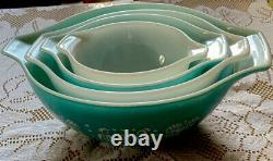Vintage Pyrex 4 Peice Nesting Set In Turquoise Amish Butterprint Cinderella