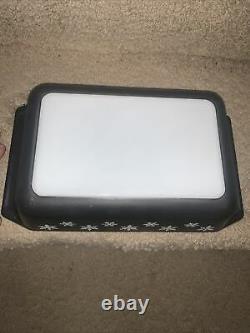 Vintage Pyrex Black With White Snowflakes Casserole 2qt #575-b