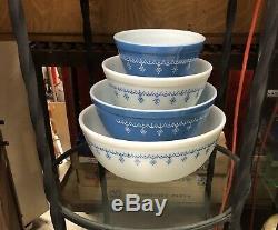 Vintage Pyrex Garland-Snowflake Mixing Bowls (Set Of 4) 404-403-402-401