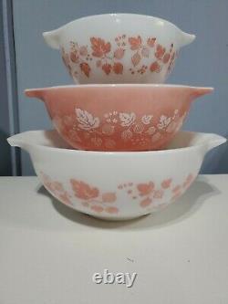 Vintage Pyrex Gooseberry Pink White Cinderella Nesting Bowl Set of 3 441 442 443