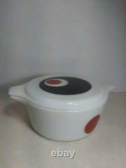 Vintage Pyrex Moon Deco Red White Black 2 Pc 2.5 Qt Casserole Dish with Lid 475-B