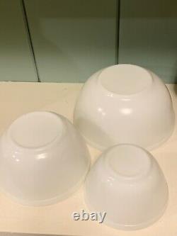 Vintage Pyrex Opal Mixing Bowl Set 401 402 403 404 VERY NICE