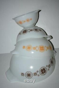 Vintage Pyrex Town & Country Set of 4 Cinderella Nesting Mixing Bowls