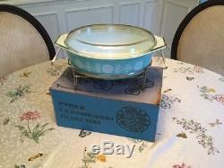 Vintage Pyrex Turquoise MilkGlass White Lace 945 Casserole Dish Lid & Warmer