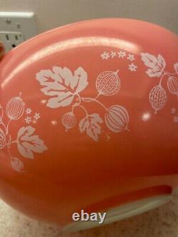 Vintage Pyrex White & Pink Gooseberry Cinderella Nesting Mixing Bowl 4 Pc. Set