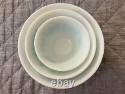 Vintage Set Of 3 Pyrex Turquoise & White Amish Butterprint Mixing Bowls