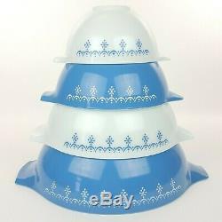 Vtg Pyrex Set of 4 Snowflake Blue White Garland Cinderella Nesting Mixing Bowls