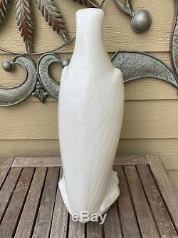 WHITE EAGLE GASOLINE (MOBILE OIL) MOLDED MILK GLASS GAS PUMP GLOBE, 1920's-1930